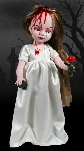 Elisa dans Living dead dolls eyktuarm